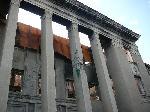 здание парламента в Цхинвале