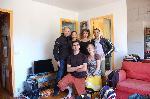 Хозяин дивана, который на фото - справа, две белорусски, еще два француза и я