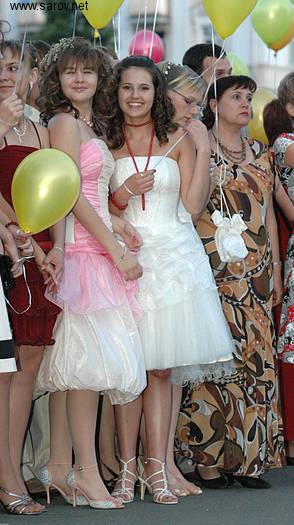 Платья Выпускниц 2007